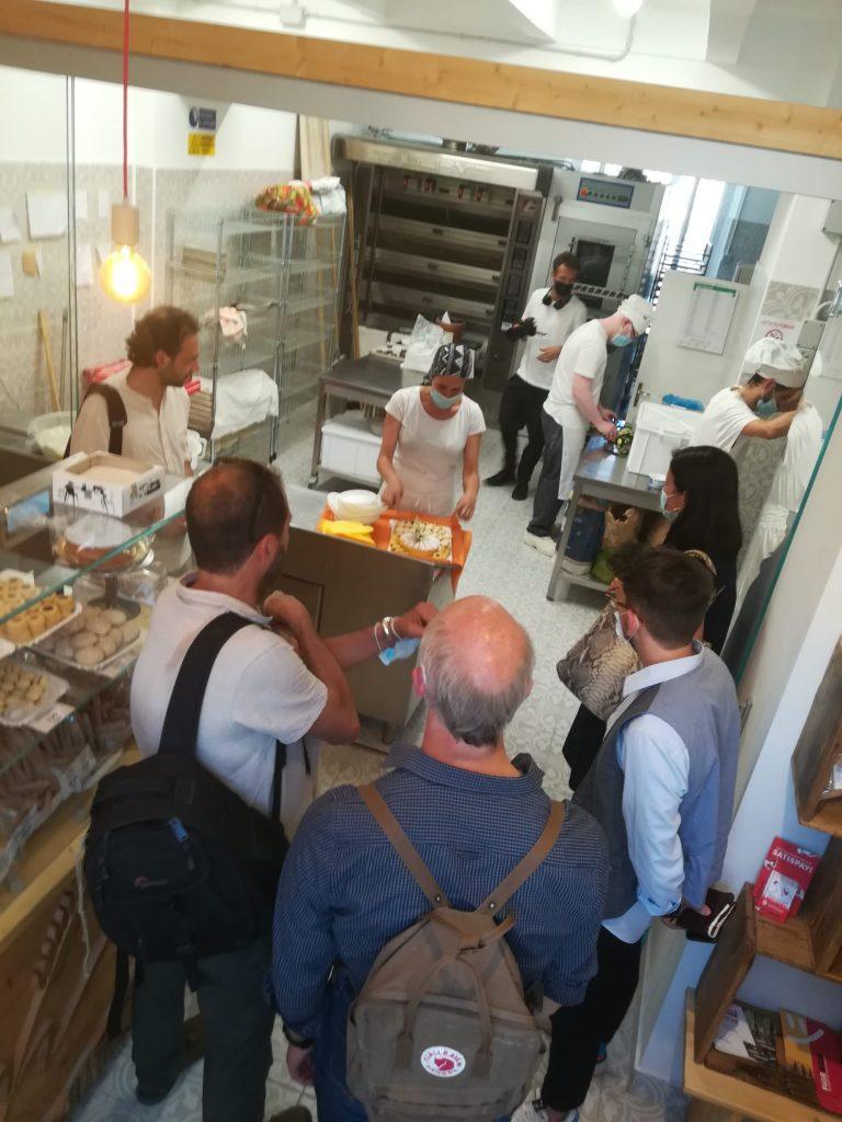Il forno di San Leo con l'assessore Barbara Lori e i partecipanti all'evento